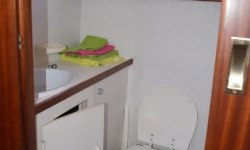 Lissen Yacht 36 fürdő 2