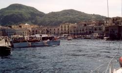 szicilia-lipari-szigetek-lipari-varos