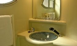 Penichette 1180FB fürdő