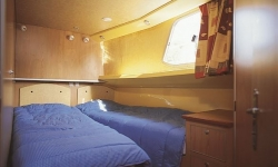 Penichette 1400FB kabin