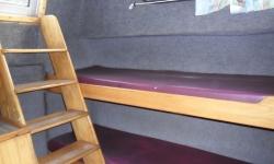 Renaud 8000 kabin 2
