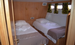 Tarpon L49 Quattro Prestige kabin