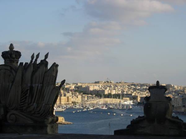 Málta Mérföld Yachting