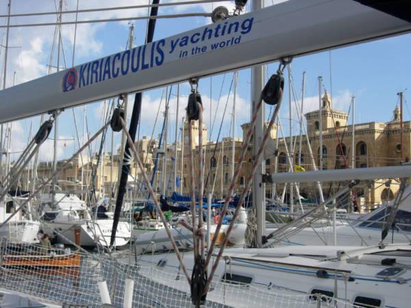 Málta hajóval