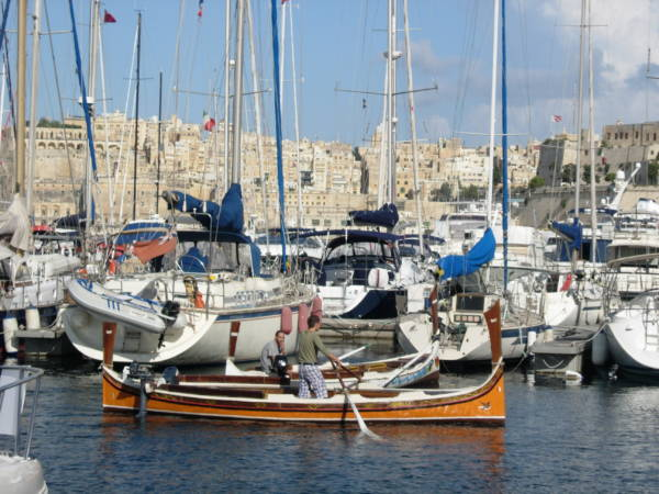 Málta vitorlással